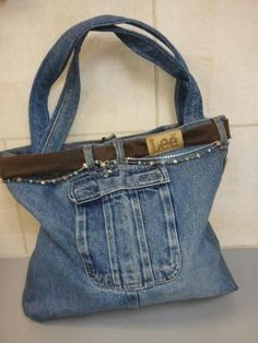 You have to see Recycled Jean Purse on Craftsy! - Looking for sewing project inspiration? Check out Recycled Jean Purse by member - via Diy Laine, Jeans Recycling, Blue Jean Purses, Denim Handbags, Diy Jeans, Denim Purse, Denim Ideas, Denim Crafts, Purse Patterns