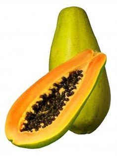 Papaja's hebben oranje vruchtvlees, smaken zoet en hebben qua smaak wat weg van een meloen. En ze ruiken enigszins naar abrikozen. De papajaboom wordt ook wel meloenboom genoemd. De ronde tot ovaalvormige vrucht is zo'n 15 tot 20 cm lang en heeft een gladde groenachtig- gele tot gele schil. Als je de vrucht halveert zie je binnenin een verzameling aan zwart tot donkerbruine zaadjes met daaromheen het boterzachte, geel-oranje vruchtvlees.