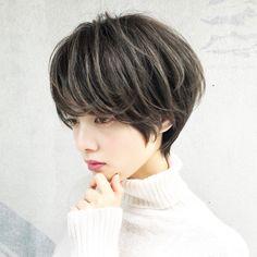 Ideas For Hair Long Women Style Curls Japanese Short Hair, Korean Short Hair, Short Hair With Layers, Short Hair Cuts, Short Hair Styles, Ginger Hair Color, Bright Hair Colors, Curl Styles, Short Hairstyles For Women