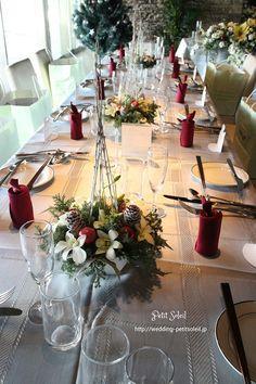 クリスマスウェディング 花 Christmas Wedding, Merry Christmas, Wedding Decorations, Table Decorations, Xmas Party, Bridal Flowers, Wedding Images, Wedding Table, Flower Arrangements