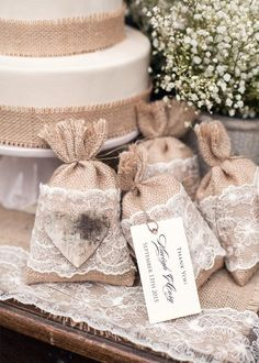 Rustic wedding favor bags & more accessories - find your perfect designs! #wedding #weddingideas #summer #rustic