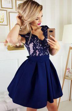 Elegancka sukienka balowa granatowa 2139-11 Pretty Little Dress, Little Dresses, Beautiful Gowns, Fashion Dresses, Summer Dresses, Bridesmaids, Model, Wedding Dressses, Girls