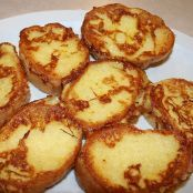 How To Make French Toast - Homemade French Toast Recipe Homemade French Toast, Savoury French Toast, Medieval Recipes, Ancient Recipes, Hungarian Cuisine, Hungarian Recipes, Hungarian Food, Cheese On Toast, Ancient Roman Food