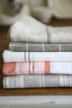 Jenny Steffens Hobick: Hand Painted Linen Kitchen Towels & Napkins on Home Inteior Ideas 8337 Linen Towels, Linen Napkins, Dish Towels, Hand Towels, Tea Towels, Cloth Napkins, Kitchen Linens, Kitchen Towels, Textiles