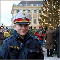 Police womam Viena. http://flickrhivemind.net/Tags/politzie/Interesting
