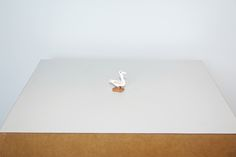 Cícero Alves dos Santos - Véio   O pato pintado, 2014   Tinta acrílica e madeira   5,5 x 2,5 x 4,5 cm
