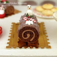 Hey, I found this really awesome Etsy listing at https://www.etsy.com/listing/211345850/chocolate-log-dollhouse-miniature