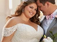 Princess wedding dress in XXL comfort size made of matte lace for chubby … - Wedding Dresses & Planning Princess Wedding Dresses, Bridal Dresses, Dress For Chubby, Bridal Style, Tulle, Fashion Outfits, Bride, Dress Lace, Concrete