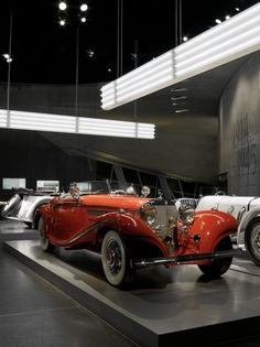 The Mercedes-Benz 500 K was the car of the rich and the beautiful. Together with the representative Grand Mercedes, the elegant 500 K sports car was the brand's show-piece in the 1930s.