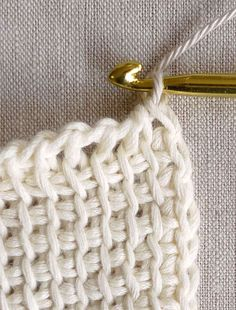 Tunisian (also known as Afghan) crochet makes a beautifully textured, dense and squishy fabric. Here you'll learn how to make a Tunisian Crochet fabric using the basic Tunisian Simple Stitch. Crochet Diy, Crochet Fabric, Tunisian Crochet, Crochet Basics, Love Crochet, Crochet Crafts, Crochet Stitches, Crochet Hooks, Crochet Projects