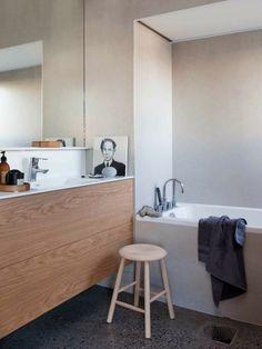 Salle de bain déco scandinave en blanc et bois