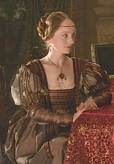 Lotte Verbeek's Costumes Season 2 - THE  BORGIAS   wiki - How did I not know about this show?!?  No matter the content, it may be worth watching just for the garbgasms...