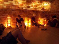 Himalayan Salt Lamp In Kuwait : 1000+ images about salt rooms on Pinterest Himalayan salt, Salts and Spas