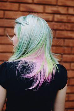O Fantástico Mundo de Jess: Look: red! #turquoise #green #hair