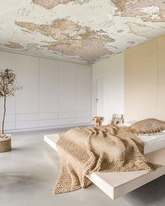 map-wallpaper-on-ceiling wallpaper The 2019 Wallpaper Trends You Need to Know Bathroom Wallpaper Trends, Interior Wallpaper, Home Wallpaper, World Map Wallpaper, Wallpaper Ceiling Ideas, Wallpaper Wallpapers, Bedroom Ceiling Wallpaper, Travel Wallpaper, Wallpaper Decor