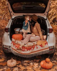 It is time! I promise I tried to wait until October to buy pumpkins but.🍁 My hat and blanket are by 🍁 Fall Picnic, Happy Weekend, Autumn Inspiration, Fashion Labels, Cold Day, I Promise, Cozy Sweaters, I Tried, Country Kitchen