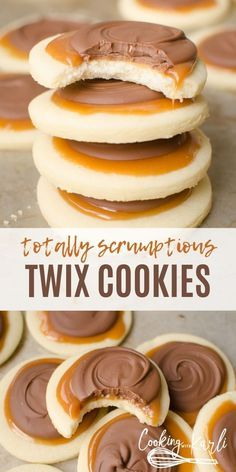 Perfect Chocolate Chip Cookies Twix Cookies are a soft sugar cookie crust, with a creamy caramel on top which is topped with milk chocolate. This delicious cookie explodes with Twix flavor and are super fun to make! Skip the candy bar and make your own! Soft Sugar Cookies, Yummy Cookies, Cream Cookies, Homemade Sugar Cookies, Cinnamon Roll Cookies, Sugar Cookie Bars, Homemade Sweets, Homemade Vanilla, Cool Cookies