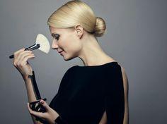 Várias são as razões pelas quais a atriz Gwyneth Paltrow é conhecida e admirada em todo o mundo. Ela já ganhou um Oscar pela atuação no filme Shakespeare Apaixonado, namorou Brad Pitt, foi casada com Chris Martin, vocalista da banda Coldplay e possui um vasto trabalho ligado aos segmentos de beleza e saúde. Recentemente, a …