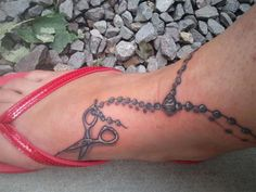 double loop ankle bracelet tattoo | 25 Exceptional Ankle Bracelet Tattoos