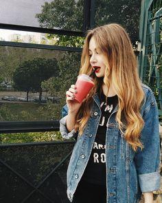 irene. (@irene.ferreiro) • Foto e video di Instagram Nicole Wallace, Famous Girls, Irene, Instagram, Robin, Canon, Netflix, Faces, Characters
