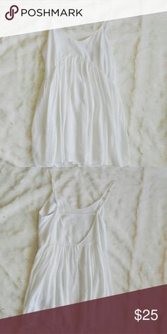White mini dress White mini dress with a cutout in the back Lulu's Dresses Mini