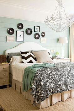 Find Out Fabulous Master Suite Decor For Traditional Bedroom Ideas Number You're going to be lounging in style in no moment. If you're looking to produce and design the ideal. Blue Master Bedroom, Bedding Master Bedroom, Pretty Bedroom, Bedroom Green, Bedroom Carpet, Bedroom Colors, Home Decor Bedroom, Modern Bedroom, Bedroom Wall