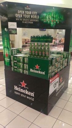 Heineken Open Your City Open Your World | Display Pallet | point of purchase at thesellingpoints.com