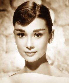 What do people think of Audrey Hepburn? See opinions and rankings about Audrey Hepburn across various lists and topics. Hollywood Glamour, Classic Hollywood, Old Hollywood, Hollywood Icons, Classic Beauty, Timeless Beauty, Pure Beauty, Beauty Tips, Flawless Beauty