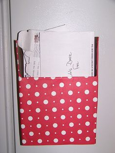 magnetic mail storage from an old cereal box... genius