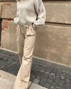 Chill Style, What Should I Wear Today, Simple Style, My Style, Casual Street Style, Office Fashion, Fashion Fabric, Minimal Fashion, Unisex