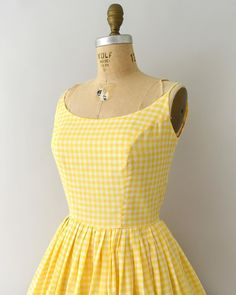 In love with this perfect yellow gingham sundress! Sundress Outfit, Yellow Sundress, Gingham Dress, Dress Outfits, Fashion Dresses, Stylish Work Outfits, Stylish Dresses For Girls, Cute Dresses, 1960s Dresses