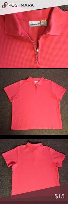 FASHION BUG WOMENS PULL OVER TOP w/ ZIPPER Nice cotton blend  summer women pull over shirt with short sleeves and front zipper.  The color is a pretty Coral  Size 18/20 Fashion Bug Tops Tees - Short Sleeve