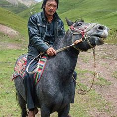 "🗻 #TibetanMen 📍#AmnyeMachen, #Golok, Amdo, TIBET ""August 8, 2011 - A Tibetan herdsman and his horse along Amnye Machen, Amdo, Tibet."" ༜~࿂~༜~࿂~༜~࿂~༜~࿂~༜~࿂~༜~࿂ Caption/Photo by: @Eleanor.Moseman ༜~࿂~༜~࿂~༜~࿂~༜~࿂~༜~࿂~༜~࿂ #TibetanPortraits #Phayul #Tibet #Tibetan #Kham #UTsang #Amdo #Lhasa #TibetanCowboys #TibetanYakboys ༜~࿂~༜~࿂~༜~࿂~༜~࿂~༜~࿂~༜~࿂ ☀️🐚 #DalaiLama #Himalaya #Karmapa #IGTibet_Family #Lonely_Planet #Xizang #Qinghai #Gansu #Sichuan #LonelyPlanet #WHPstripes #Horse #Horses #HorseLover…"