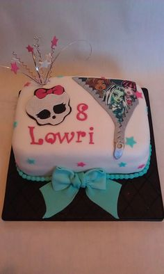 Another Monster High cake idea.