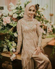 New Dress Brokat Modern Sabrina Ideas Model Kebaya Muslim, Kebaya Modern Hijab, Dress Brokat Modern, Kebaya Hijab, Kebaya Brokat, Kebaya Lace, Kebaya Dress, Hijab Dress Party, Muslim Wedding Dresses