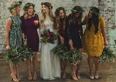 100 of the Most Inspiring Wedding Pins Ever! Flower crowns and simple bouquets