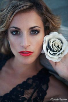 photo: Alessandra Tononello; makeup/hair: Danijela Brozovic