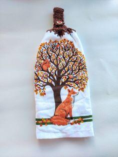Crochet Towel, Fall Decor, Holiday Decor, Getting A Puppy, Crochet Kitchen, Towel Hooks, Patriotic Decorations, Fall Leaves, Bunny Rabbit