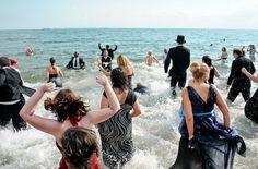 Black Tie Beach 2012 | Improv Everywhere