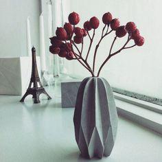 Carambola concrete vase by yihawliu on Etsy