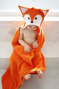 Today in this Free Hooded Towels TutorialI'm going to show you how to make both a bunny & fox hooded towel--perfect for Easter and also for gift giving!