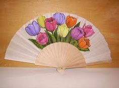 abanicos pintados a mano - Buscar con Google Hand Held Fan, Hand Fans, Chinese Fans, Fan Decoration, Vintage Fans, Pretty Hands, Powder Puff, Some Pictures, Tulips