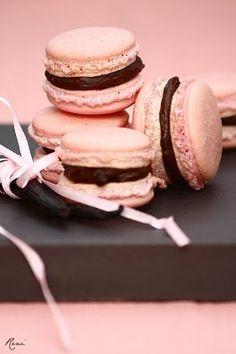 Mini Cakes, Macaroons, Lemon, Cookies, Baking, Recipes, Pink Stuff, Food, Wedding