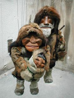 Wonderful Eskimo family  > http://puppet-master.com - THE VENTRILOQUIST ASSISTANT Become a new legend of the ventriloquism world with minimal time waste!