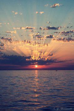 El sol se ocultaba en el horizonte #atardecer #fotografia #playa #mar