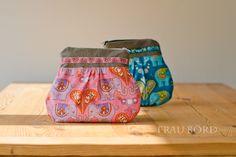 Little Clutch made from beautiful elephant fabrics designed by Hamburger Liebe @Susanne Firmenich