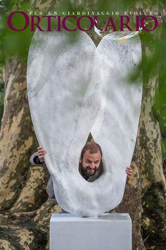 Lo scultore Alex Bombardieri e la sua Samara Fotografia di Dario Fusaro. Scattata durante e per Orticolario 2015