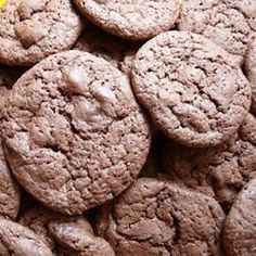 These cookies are great.you get a double dose of chocolate! My kids love them. Melting Chocolate Chips, Best Chocolate Chip Cookie, Semi Sweet Chocolate Chips, Chocolate Desserts, Chocolate Chip Cookies, Chocolate Chocolate, Chocolate Lovers, All Recipes Cookies, Crinkles Recipe