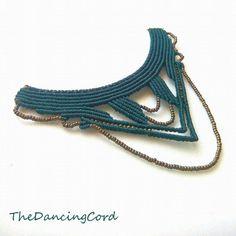 Macrame tribal necklace  Boho Gypsy jewelry   por TheDancingCord