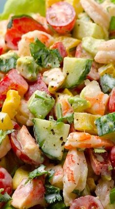 Oh my yumm! Greek Yogurt Shrimp, Avocado and Tomato Salad -- Creamy shrimp salad with avocado, tomato, cucumber, bell pepper and scrumptious Greek yogurt dressing. You won't miss mayo for a second. Think Food, I Love Food, Seafood Recipes, Cooking Recipes, Healthy Recipes, Yogurt Recipes, Shrimp Salad Recipes, Avocado Salad Recipes, Healthy Options